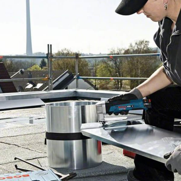 Bosch GSC 10 8 V-LI (SOLO)   Máy đột dùng Pin