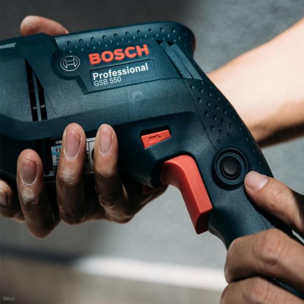 Bosch GSB 550   Máy khoan động lực