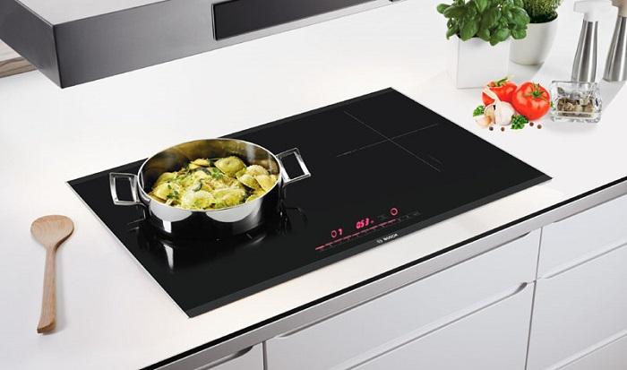 Đun nấu an toàn tuyệt đối PUJ631BB2E